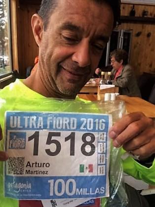 Arturo Martínez en la previa ultrafiord 2016. Foto: Runchile.cl.