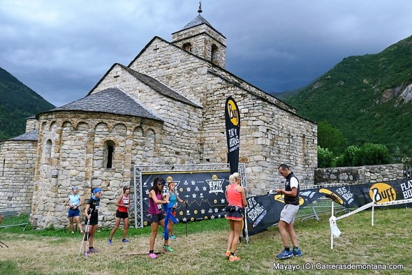 Buff Epic Trail 2016. Espectacular decorado en la salida