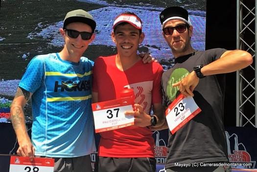 Pau Capell en Lavaredo, junto Andy Symmonds y Yeray Durán. Foto: Mayayo