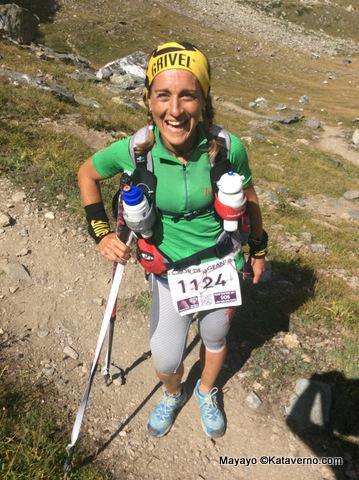 Ana remontando los 3.300m del Col Loson en Tor14.
