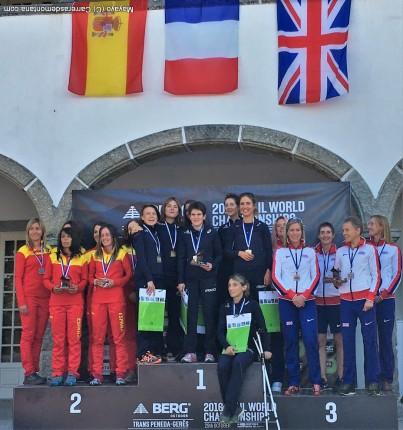 Podio equipos femeninos Mundial IAUtrail 2016