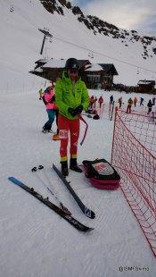 skimo-world-cup-fontblanca-preparando-material-esqui-montana