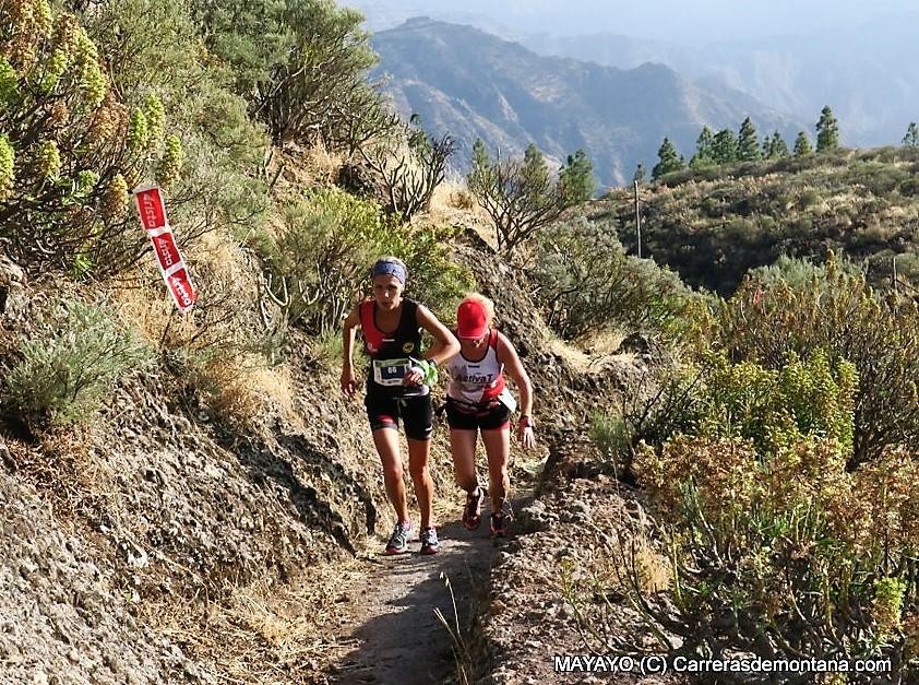 Artenara Trail 2017: Artenara Vertical (3,5k/D+710m) envivo. Ganan Virginia Pérez y Kiko Navarro. Crónica, resultados y fotos por Mayayo.